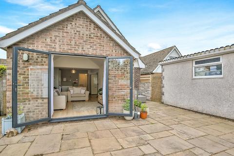 3 bedroom detached house for sale - Maes Lloi, Aberthin, Cowbridge, Vale of Glamorgan, CF71 7HA