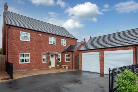 4 bedroom detached house for sale - Godfrey Drive, Fradley