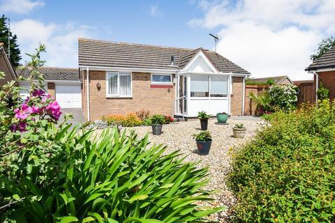 2 bedroom detached bungalow for sale - Kingsway, Llandudno