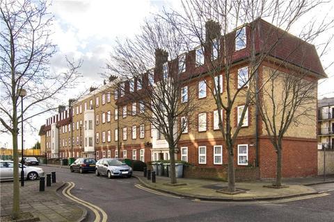 3 bedroom flat for sale - Germander Way, Stratford, London, E15