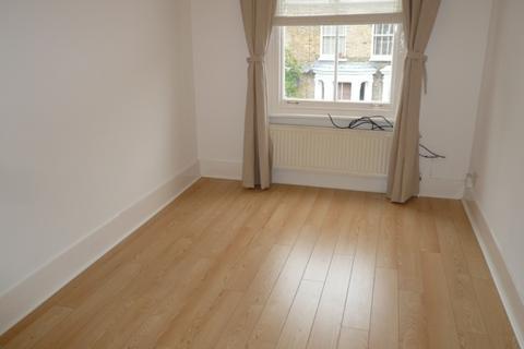 1 bedroom flat to rent - Blurton Road, Clapton