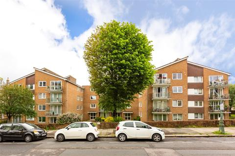 2 bedroom apartment to rent - Eaton Gardens, Hove, BN3