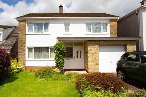 4 bedroom detached house for sale - Llandennis Green, Cyncoed, Cardiff
