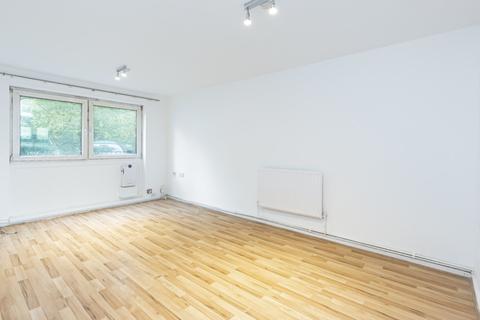 1 bedroom apartment to rent - Berwick Road, Custom House, E16