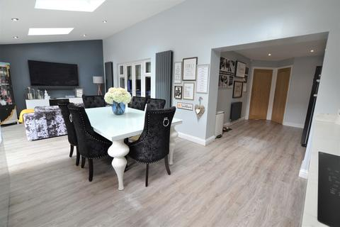 4 bedroom detached house for sale - Skendleby Drive, Kenton Bar, Newcastle Upon Tyne