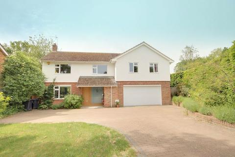 5 bedroom detached house for sale - Finches Park Road, Lindfield, West Sussex