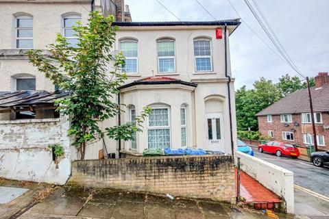 4 bedroom terraced house for sale - Elmdene Road, Woolwich