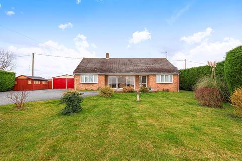 4 bedroom detached bungalow for sale - Lower Road, Croydon, Royston, SG8