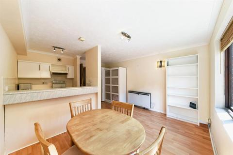 1 bedroom flat to rent - Transom Square, Isle Of Dogs, London, E14 3AQ