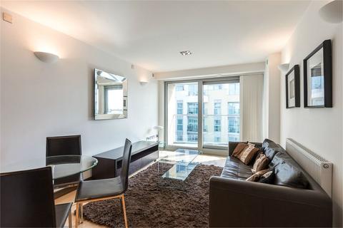 1 bedroom apartment for sale - Vicentia Court, Bridges Court Road, London, SW11