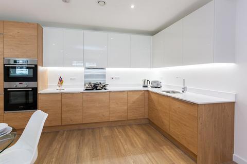 3 bedroom apartment for sale - Endeavour House, Ashton Reach, London, SE16