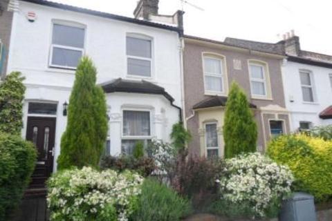3 bedroom terraced house for sale - Glenfarg Road, Catford, London, SE6