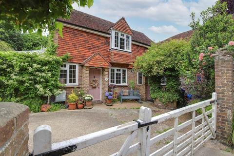 3 bedroom detached house for sale - Dog Lane, Steyning, West Sussex, BN44 3GE