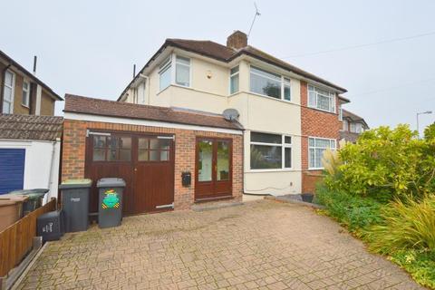 3 bedroom semi-detached house to rent - Heywood Drive, Luton, LU2 7LW