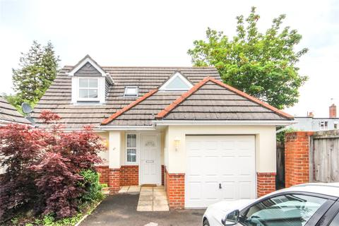 3 bedroom detached house for sale - Waltham Road, Bournemouth, BH7