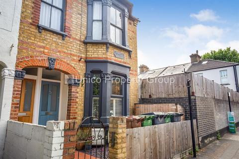 2 bedroom flat to rent - Callis Road, London