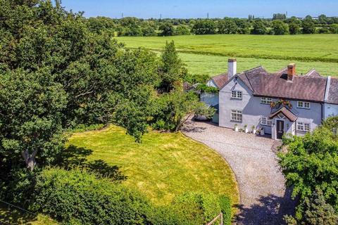 4 bedroom cottage for sale - Lawn Cottage, 152, Lawn Lane, Coven, Wolverhampton, WV9