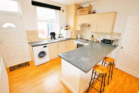 1 bedroom property to rent - Beamsley Grove, Hyde Park, LS6