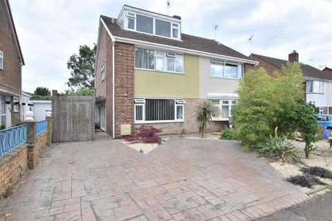 5 bedroom semi-detached house for sale - Holmwood Drive, Tuffley, GL4
