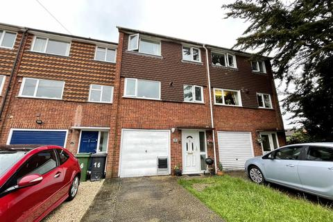 4 bedroom townhouse for sale - Hillcrest, Tadley