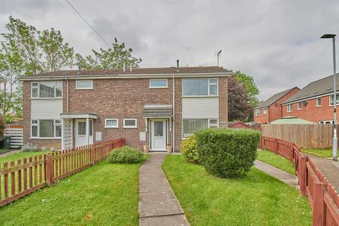 3 bedroom semi-detached house for sale - Winston Avenue, Croft,
