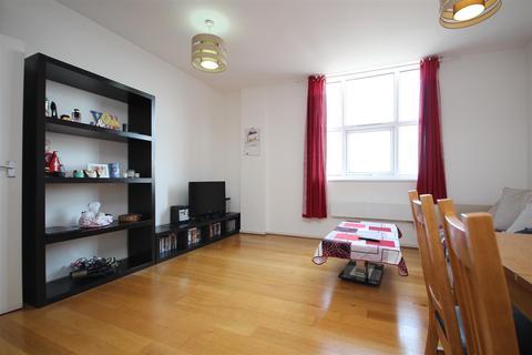 1 bedroom flat to rent - Bromyard House, Bromyard Avenue, Acton W3 7BF