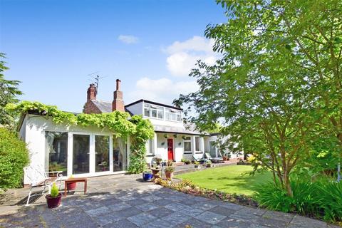 3 bedroom detached bungalow for sale - Sunderland Road, Cleadon, Sunderland