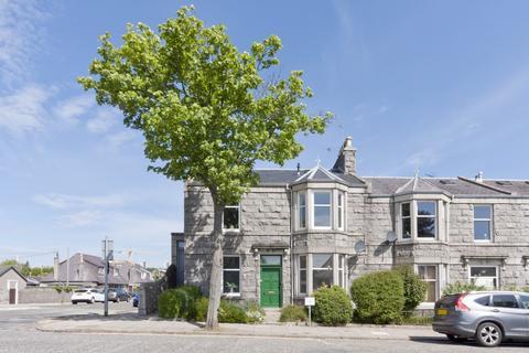 3 bedroom flat for sale - Mid Stocket Road, Midstocket, Aberdeen, AB15