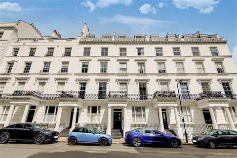 3 bedroom flat to rent - CRAVEN HILL GARDENS, London, W2