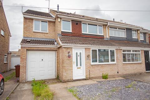 3 bedroom semi-detached house to rent - Hathersage Road, Hull HU8