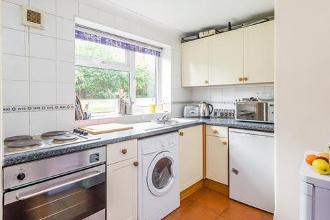 2 bedroom terraced house to rent - Larch Close, Botley OX2 9EW