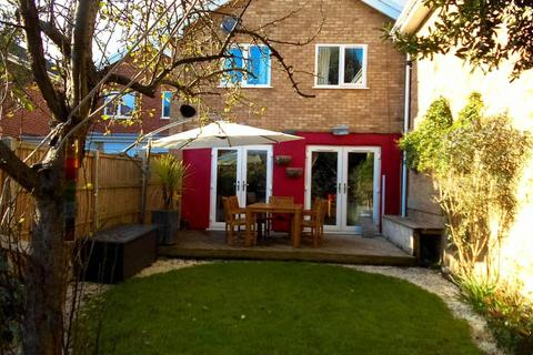 3 bedroom terraced house to rent - Concorde Drive, Bristol BS10