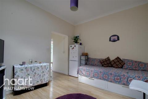 1 bedroom flat to rent - Carr Road - Walthamstow - E17