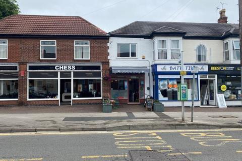Retail property (high street) to rent - 142 Wollaton Road, Beeston, NG9 2PE