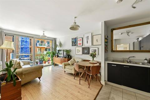 2 bedroom apartment for sale - Nelson Walk, Bromley-By-Bow, London, E3