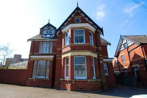 2 bedroom flat to rent - St Georges Road, Cheltenham, GL50