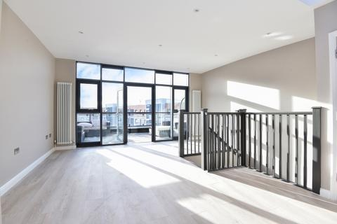 2 bedroom apartment to rent - Multi Way London W3