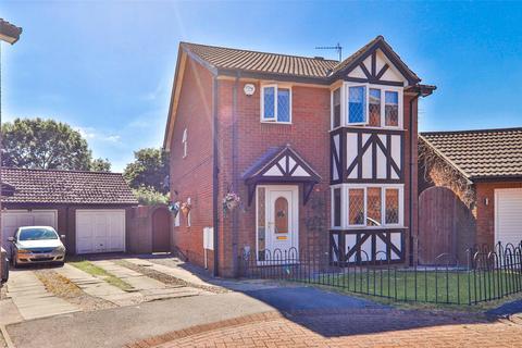 3 bedroom detached house for sale - Shetland Close, Hull, HU8