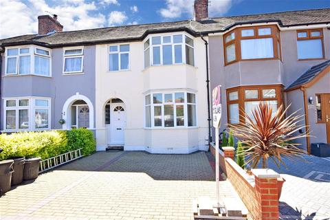 3 bedroom terraced house for sale - Hickman Road, Chadwell Heath, Essex