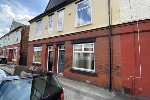3 bedroom terraced house to rent - Mayfield Grove, Manchester, M18