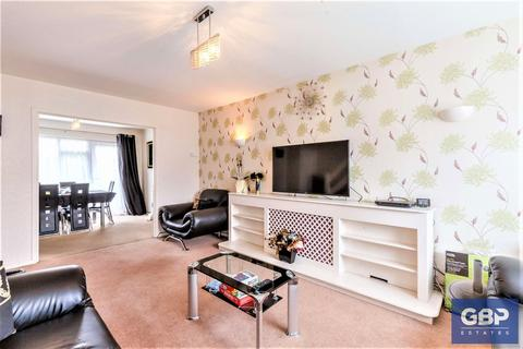 4 bedroom detached house for sale - Thorncroft, Hornchurch