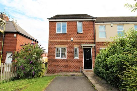 3 bedroom end of terrace house to rent - Cypress Road, Kendray, Barnsley