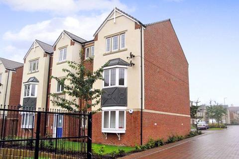 2 bedroom apartment to rent - Fielding Way, Morley, Leeds, West Yorkshire