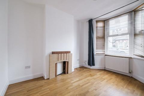 3 bedroom terraced house to rent - Louise Road, Stratford, London E15 4NW