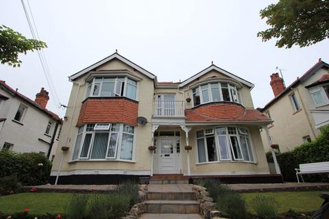 2 bedroom apartment for sale - Llannerch Road West, Colwyn Bay