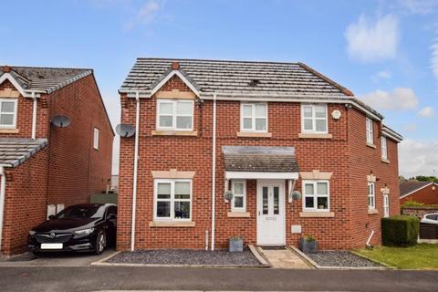 3 bedroom semi-detached house for sale - St. Bridgets Close, Widnes