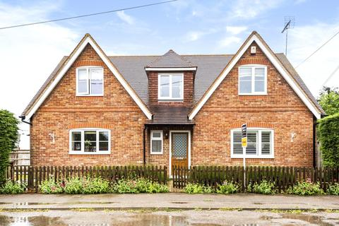4 bedroom detached house for sale - Kings Lane, Longcot, Oxfordshire, SN7