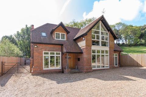 5 bedroom detached house for sale - Chalkpit Lane, Marlow