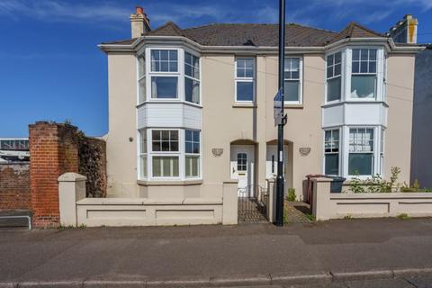 3 bedroom semi-detached house for sale - Edge of city center with parking, Basin Road, Chichester