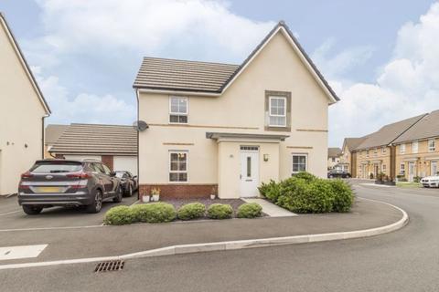 4 bedroom detached house for sale - De Haia Road, Newport - REF#00014572